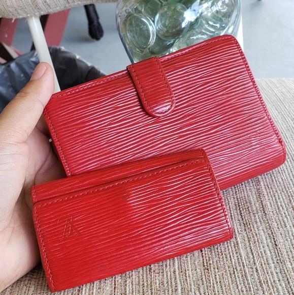Louis Vuitton Handbags - Louis vuitton epi kisslock wallet and key holder.